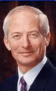 ... czy sprawujący od 1989 roku urząd głowy państwa książę Hans Adam II (zdjęcie)będzie miał w przyszłości bardziej swobodne prawo odwoływania rządu, ... - ds1912